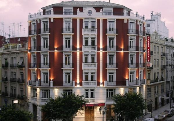 Hoteles-que-admiten-perros-en-Espana-hotel petit palace germania-valencia